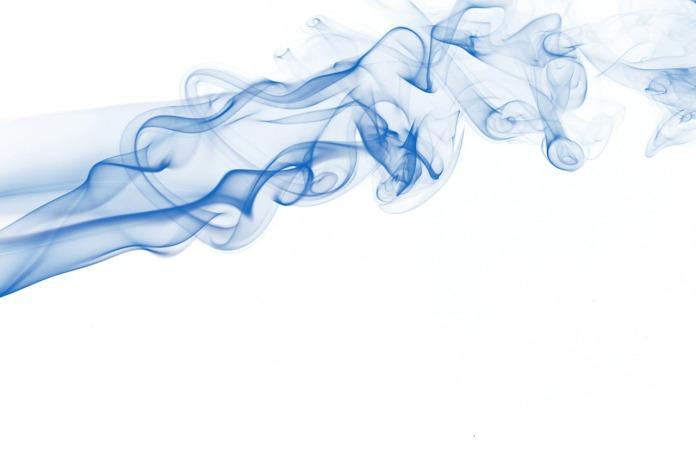 silhouette-of-colored-smoke-25101290529613zZP (1)
